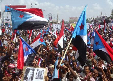 العصيان المدني في عدن:  الناشطون يتمسّكون باستمراره رغم الاعتراضات