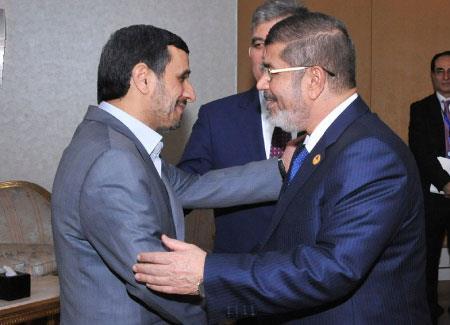 القاهرة تتقاطع مع حلفاء دمشق: تحرك لدرء ضربة عسكرية