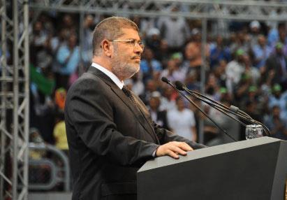 مرسي يغلق السفارة السورية ويدعو إلى حــظر جوي