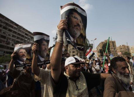 القاهرة: 90 من حزب الله شاركوا بتحرير سامي شهاب