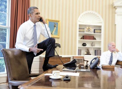 أوباما يلوذ بالكونغرس... ويذهب ليلعب الغولف