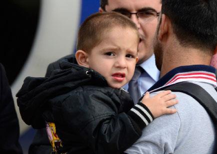ألمانيا تبدأ استقبال اللاجئين السوريين