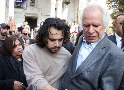 القاهرة تودّع أديبة الكرامة والثورة