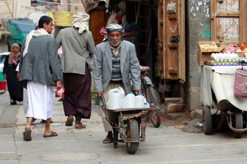 يحتاج 82% من اليمنيين إلى مساعدات إنسانية (أ ف ب)