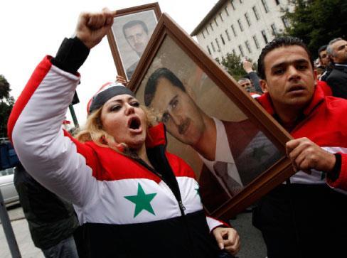 سوريّون موالون للأسد ومعارضون لـ«البعث»