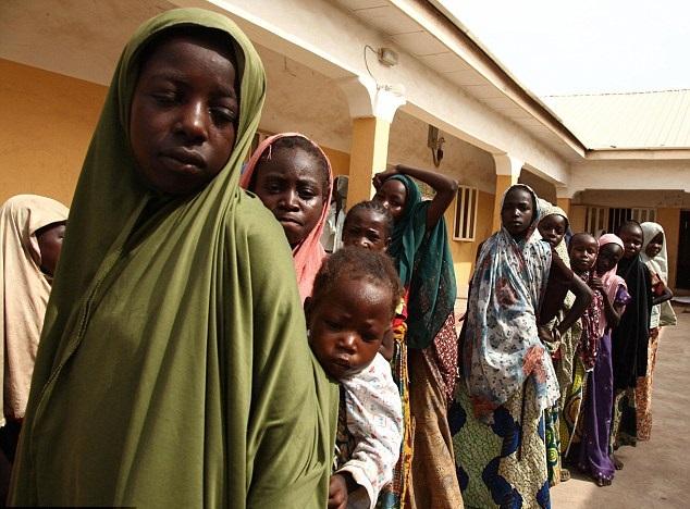 اختُطفت أكثر من ألفي امرأة وفتاة منذ 2012 (أ ف ب)