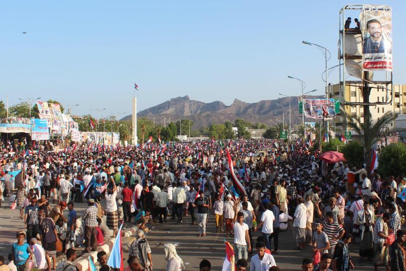 من تظاهرة داعمة لانفصال جنوب اليمن في عدن أمس (أ ف ب)
