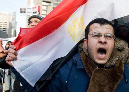 عودة الروح إلى المصريّين: «مبارك اتجنّن»