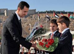 ترقّب سوري بانتظار جلاء الأزمة... وآمال بتغير السياسة المصرية