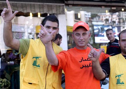 نائبان عونيّان يصفان التفاهم بين التيّار وحزب اللّه بـ«الغلطة»... وباسيل يدعم المقاومة