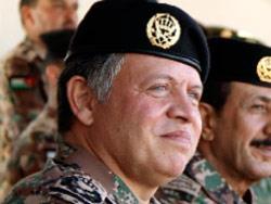 ملك الأردن يدعم إرسال قوّات متعدّدة الجنسيات لقتال حزب اللّه