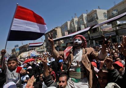«الإخوان» قادمون من ساحات التغيير