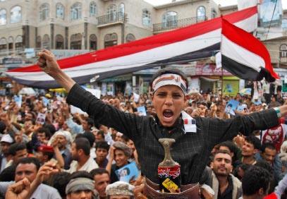 صناعة القرار في اليمن:  حرب  الأقارب والمستشارين