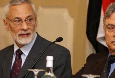 «جبهة الخلاص» VS «إعلان دمشق»: مَن الأقوى؟