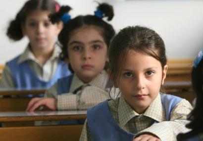 نهاية العام الدراسي «ثواب» أم «عقاب» للمعلّمين؟