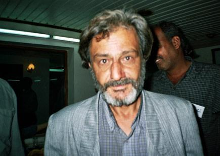حسين علي يونس من أجل قراءة منصفة وأمينة