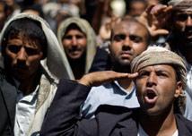 علي محسن الأحمر يقصم ظهر النظام