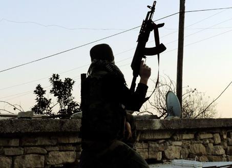 إدلب: الرصاص يخرج من بين أغصان الزيتون