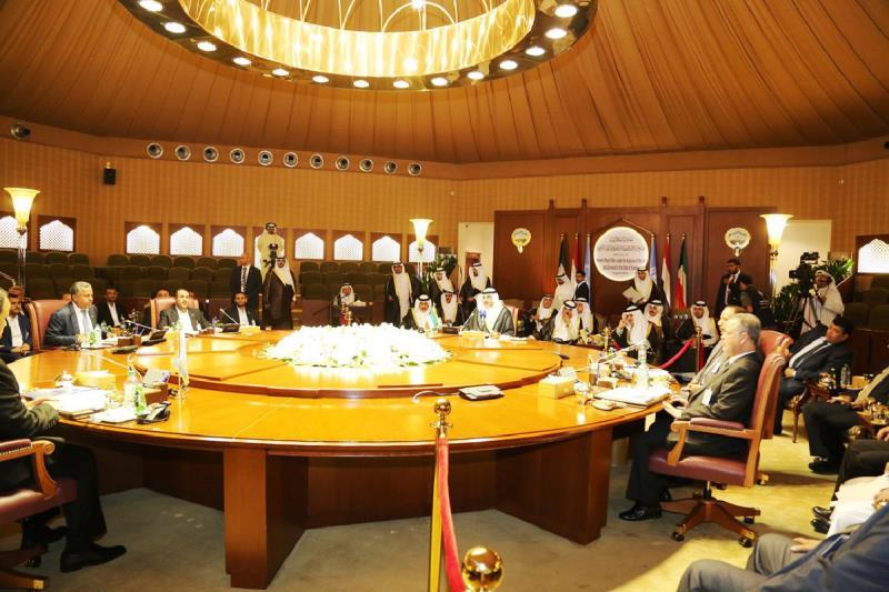 وصل «وفد صنعاء» إلى الكويت مساءً بعد تأخير دام ثلاثة أيام