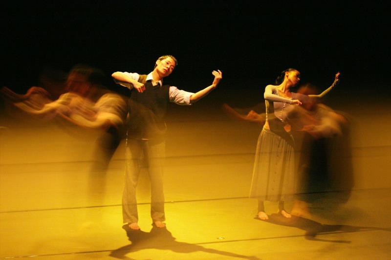 الإفتتاح الليلة مع مع «فرقة بكين للرقص»