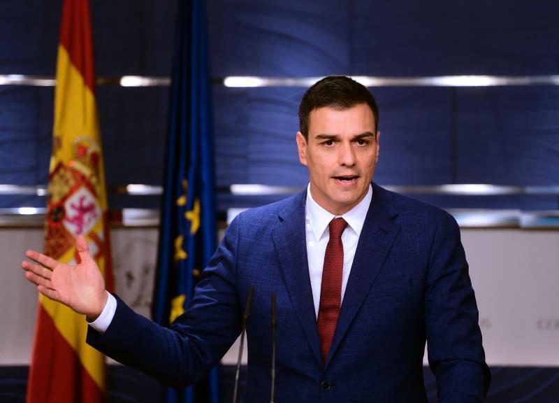 سانشيز: لن ندع إسبانيا تقع بيد قوى سياسية تريد تحطيمها  (أ ف ب)