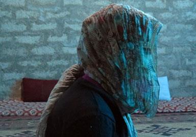 فصل من كتاب | ايزيدية هاربة من جحيم «داعش»: كانوا يعاملوننا كالبهائم