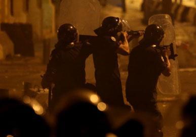 الرصاص لم يمنع الناس  من استعادة وسط بيروت