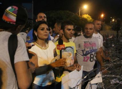 ترويكا التلفزيون اللبناني: ما سرّ هذا الغرام بـ «الثورة»؟