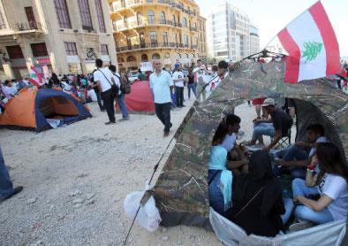 الناس في الشارع مجدداً: الأمن يُقفل مداخل وسط بيروت
