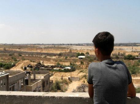 خلف سياج غزة: الهرب إلى إسرائيل