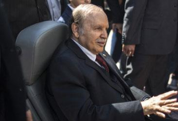 الجزائر | إنهاء مهمات الجنرال توفيق:  مغادرة باتفاق؟