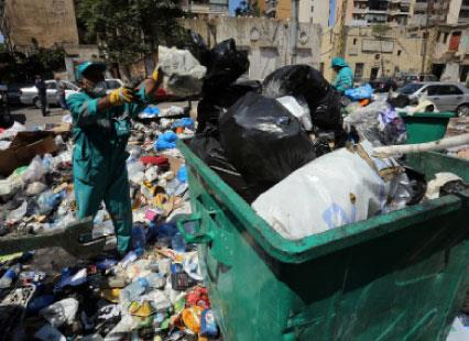 النفايات تطمر شوارع بيروت مجدداً