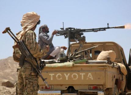إنجازات الجيش و«اللجان» في تعز تعيدهم إلى مشارف الجنوب