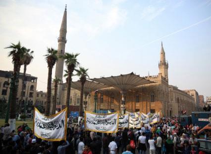 المصريون ممنوعون من زيارة «الحسين» في  عاشوراء