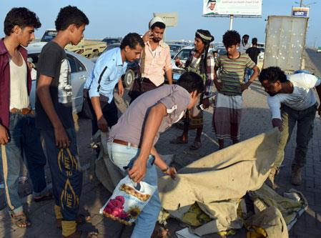 عملية انتحارية في عدن: الضالع تمارس أول عمل انفصالي منذ قيام الوحدة