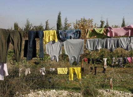 إقامة السوريين: إجراءات الامن العام تمهّد لنظام الكفيل
