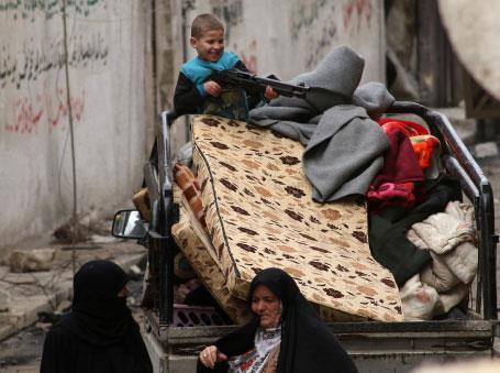 مراكز الإيواء في دمشق: ملاذ الناجين من الغوطة الشرقيّة