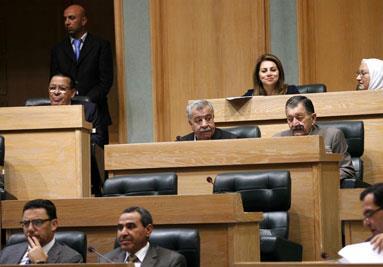 الأردن: «حرد النواب» لا يسقط الحكومة ولا يلغي قراراتها