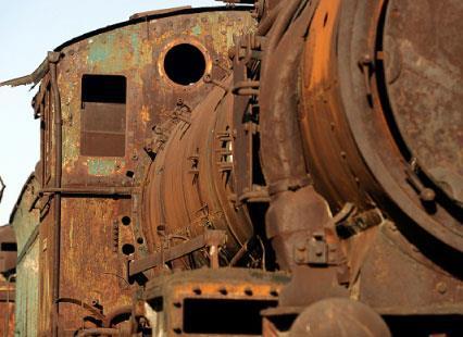 قطار طرابلس سكة الذكريات