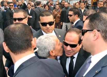 القاهرة: الخيارات مفتوحة ولن نتأخر عن حماية مواطنينا