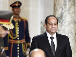 فرنسا تتبنى السيسي سياسياً: عقود بنحو 5 مليارات... بينها 24 «رافال»