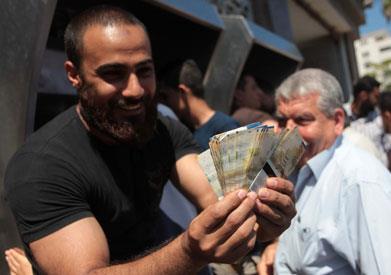 """الجرائم تتزايد في غزة والشرطة ترى أن القطاع """"آمن جداً"""""""