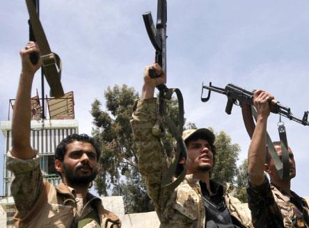 السعودية تنقل مقاتلين أجانب إلى اليمن