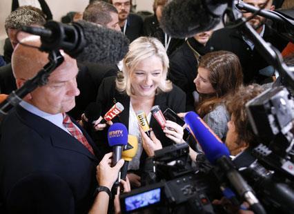 انتخابات فرنسا تفتح الباب الرئاسي أمام اليمين المتطرّف