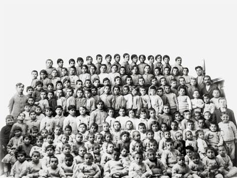 الأرمن  على صليب  العالم | مئة عام على الإبادة