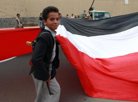 الإعلام الخليجي بوقاً واحداً: عدوان شرعي ضد «حرب الفرس»