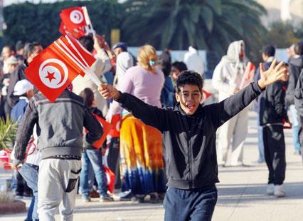 العدالة الانتقالية في تونس: حق الضحايا يضيع في متاهات الصراعات