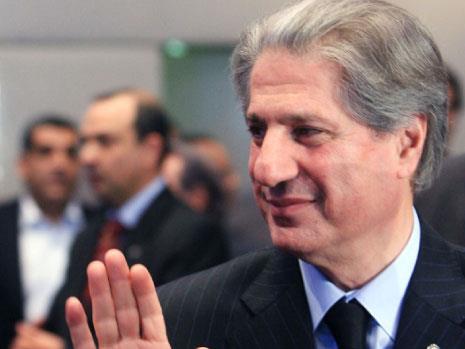 أمين الجميّل للملك:  ائذن لي بزيارة دمشق