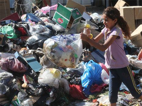 نفايات بيروت والضاحية: من تحت الدلفة لتحت المزراب!