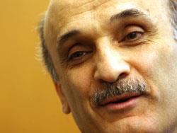 صحف عالمية: هكذا اشترت الرياض نخباً لبنانية!